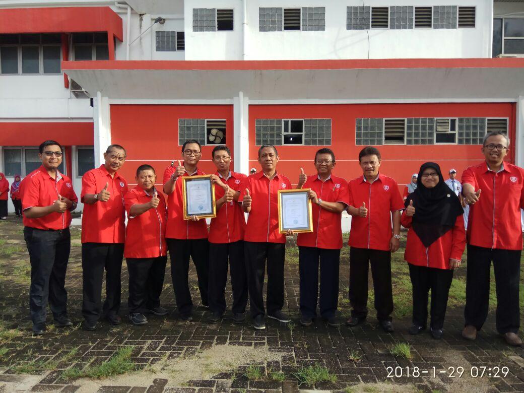 Peringkat A Akreditasi Telekomunikasi dan TIK SMK Telkom Jakarta